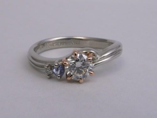 Ring-105